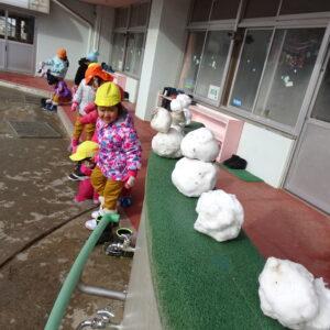 雪遊び大好き!!